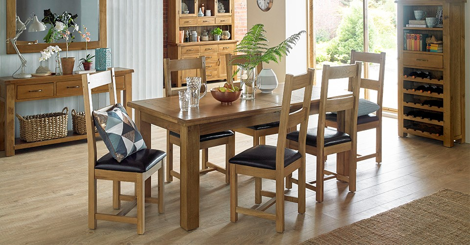 Choosing A Dining Table For Your Elderly Parents