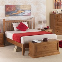 "Country Pine Double Bed (4' 6"")"
