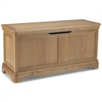 Loraine Natural Oak Bedroom Blanket Box