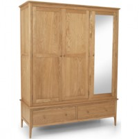 Danbury Oak Triple Wardrobe with Mirror