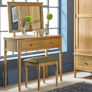 Danbury Oak Dressing Table Set